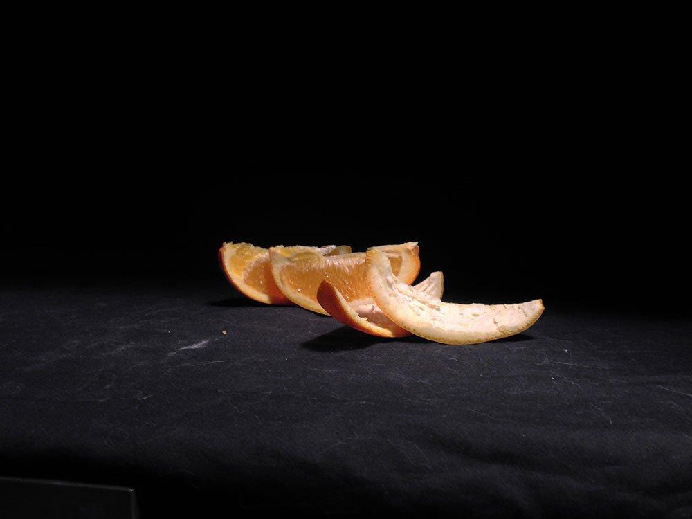chris-beaven-oil-orange-slices-on-black-subject-060215